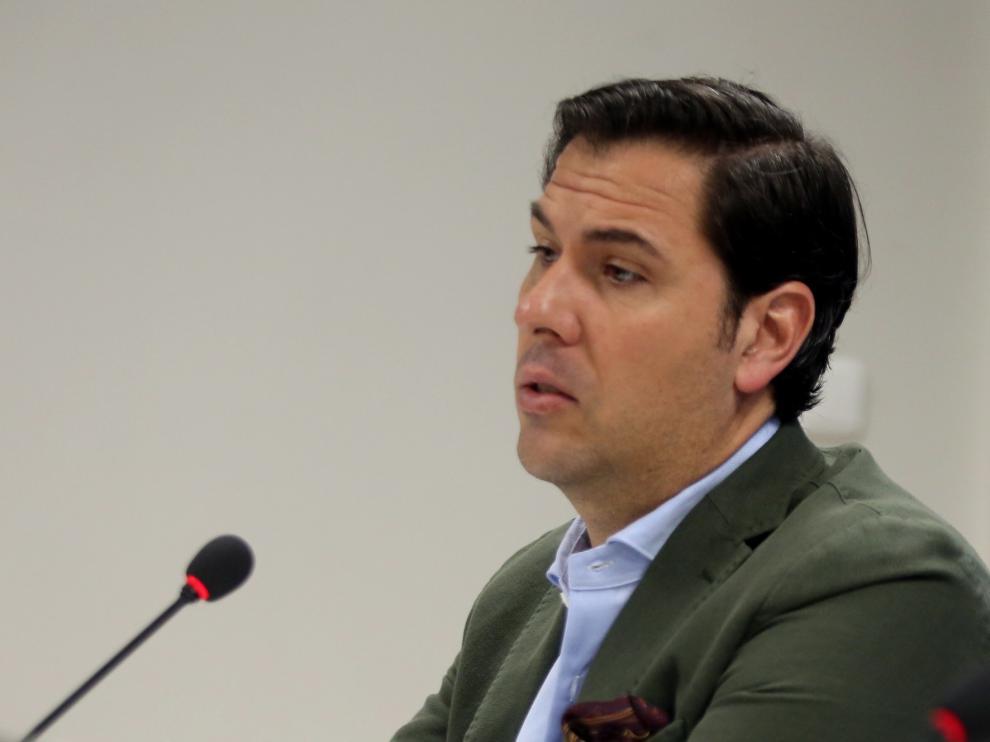 """El Huesca espera anunciar """"en breve"""" un pivote defensivo que podría ser Cáseres"""