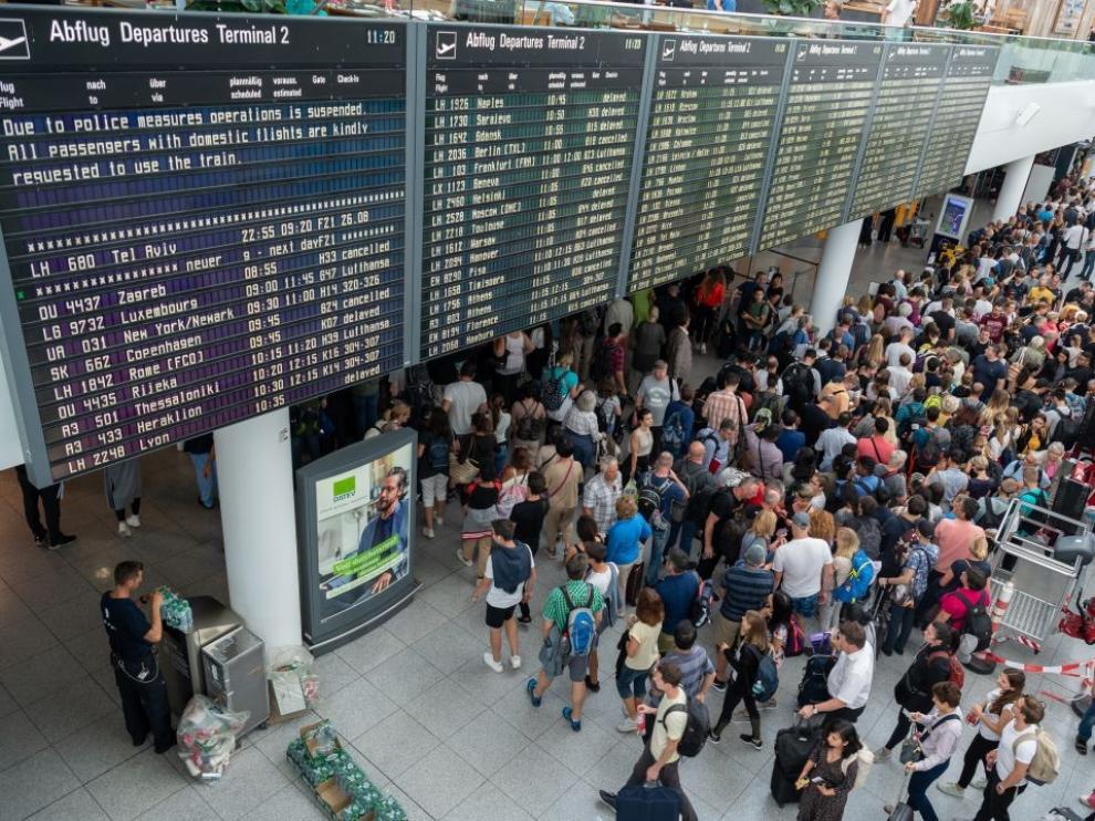 El aeropuerto de Múnich vuelve a la normalidad tras la alarma desatada por un español