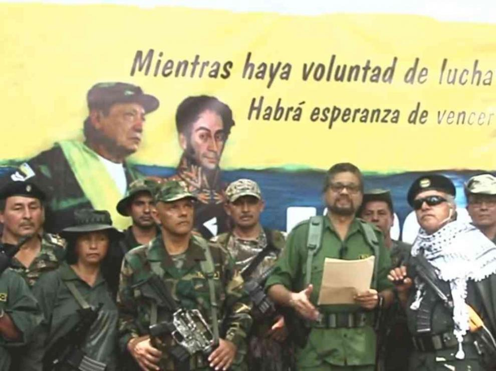 En 32 minutos la paz de Colombia retrocede mil días