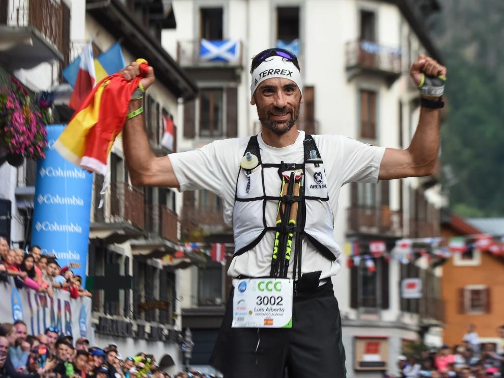 Luis Alberto Hernando logra una gran victoria en el exigente Mont-Blanc