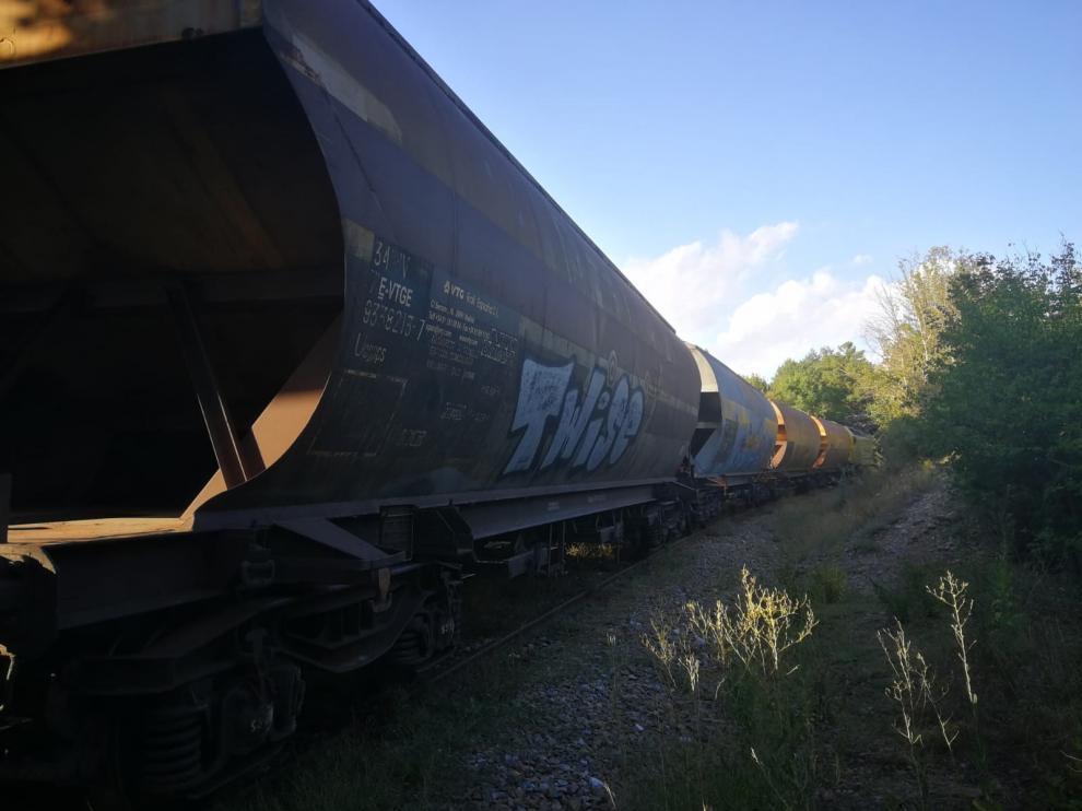 Descarrila un tren de mercancías entre las localidades de Jaca y Canfranc