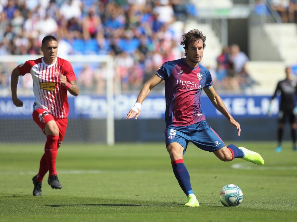 El Huesca es el equipo más pasador de la Segunda División