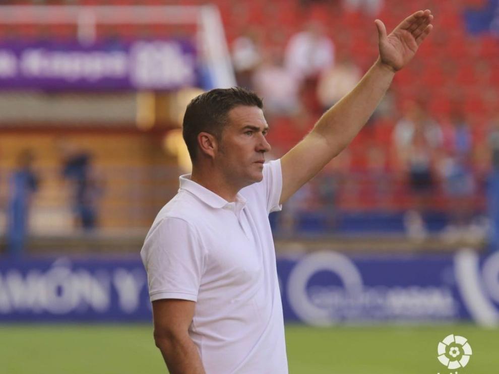 """Luis Carrión: """"El Huesca está hecho para subir, pero invencible no hay nadie"""""""
