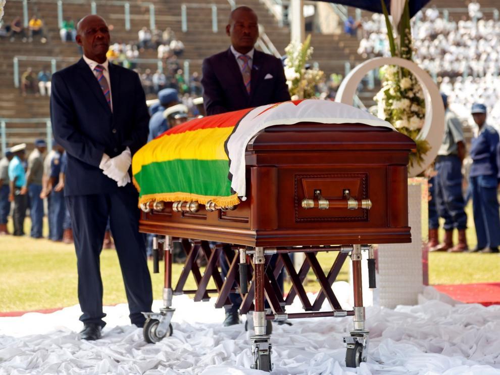 Multitudinario funeral de Estado del expresidente Robert Mugabe en Harare