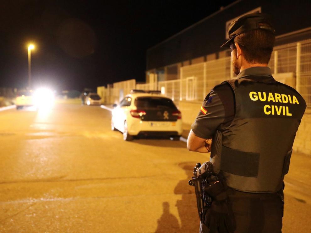 Detenidos dos gemelos por suplantarse en exámenes de conducción en Las Palmas
