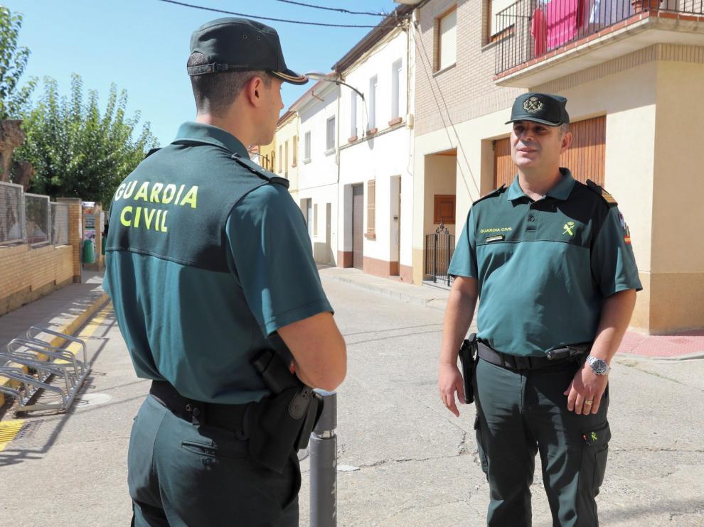 """Jesús Alcántara, sargento primero y comandante jefe de puesto en Binéfar: """"Los ciudadanos se sorprenden de lo que hacemos por ellos"""""""