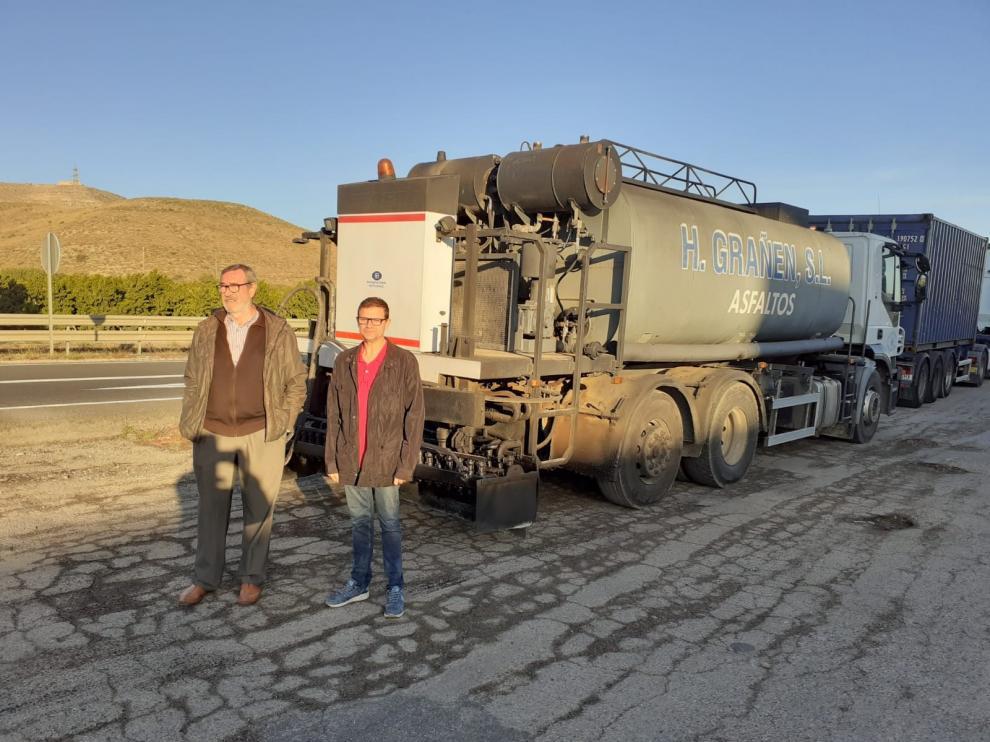 Reparación de caminos de asfalto en Fraga