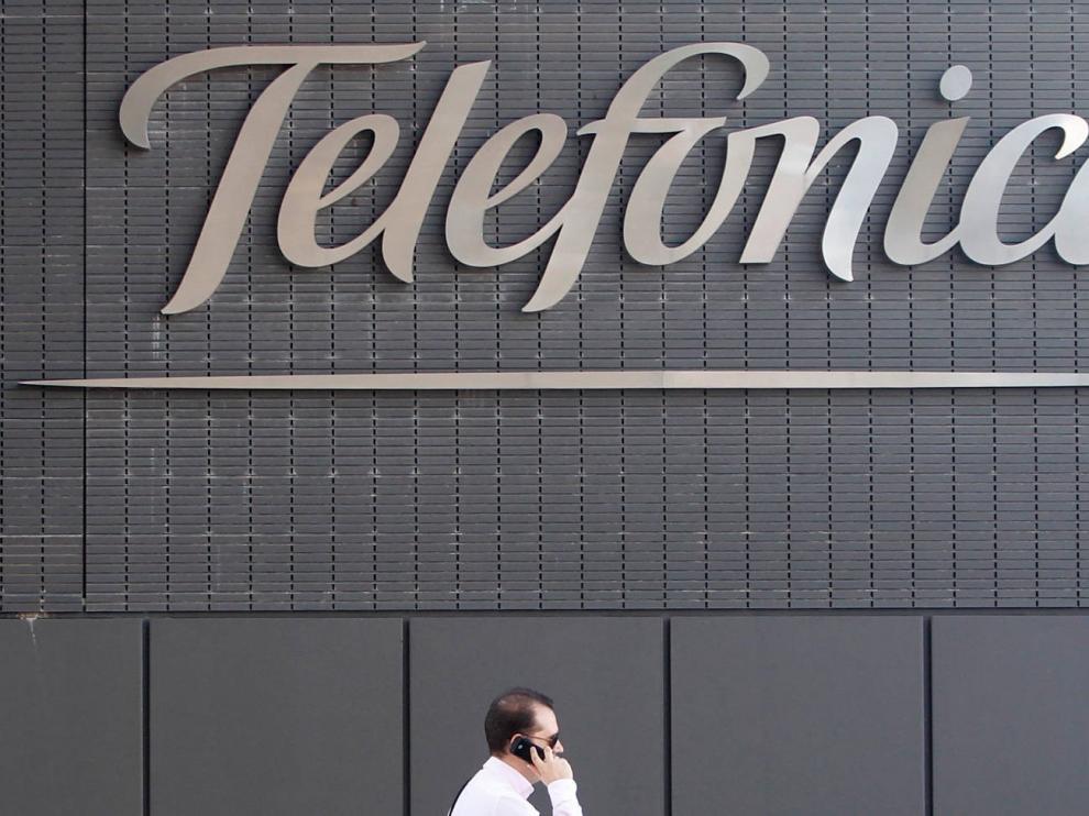 """Telefónica reduce un 1,6% sus ingresos en el primer trimestre tras un impacto """"limitado"""" del Covid-19"""