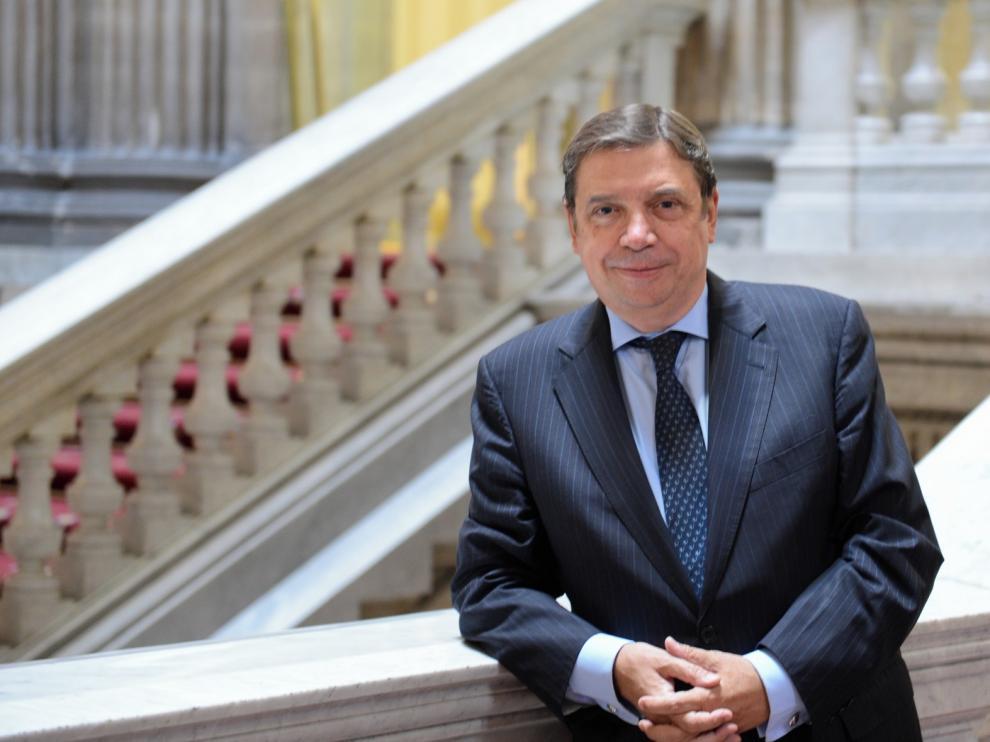 """Luis Planas: """"La futura PAC incluirá medidas diseñadas para paliar la despoblación"""""""