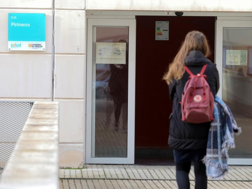 Los Sindicatos Médicos de Aragón afirman que los centros de salud no pueden desmantelarse para realizar otras funciones
