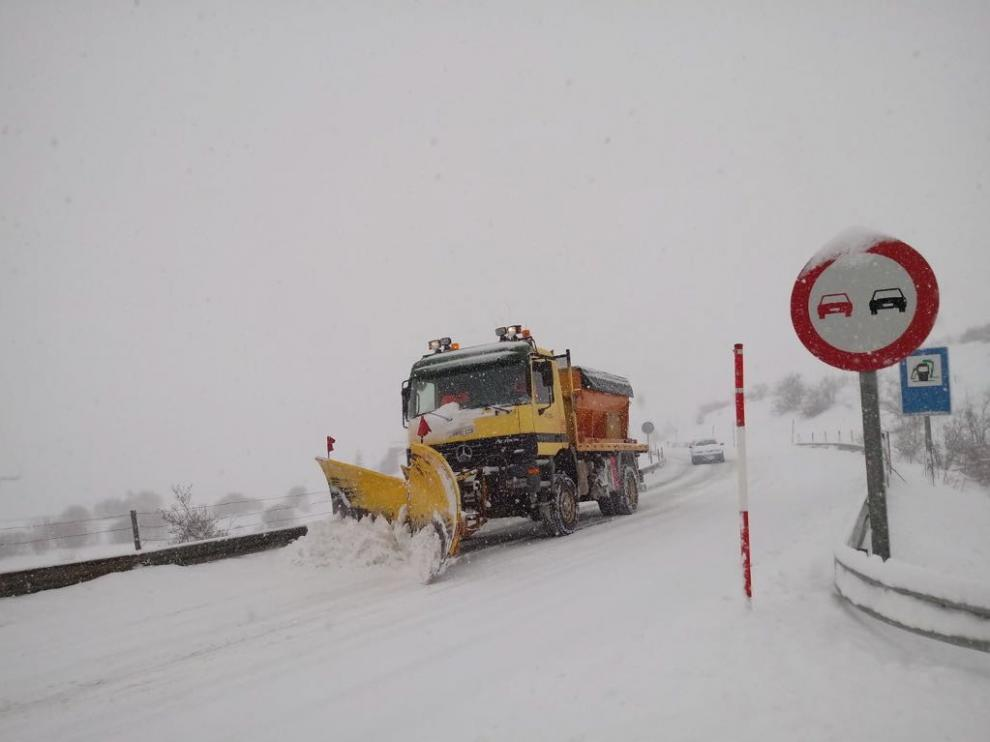 Más personal para la atención continuada en carreteras de Aragón