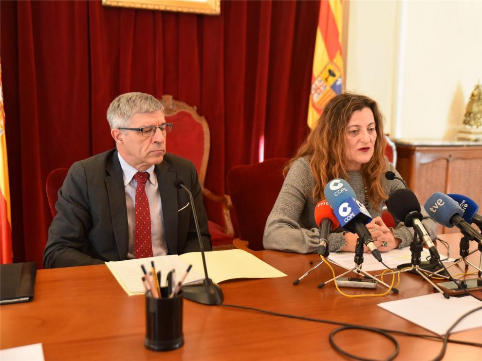 La subdelegada afirma que la competencia con los menores extranjeros no acompañados es del GA y el Ayuntamiento de Huesca