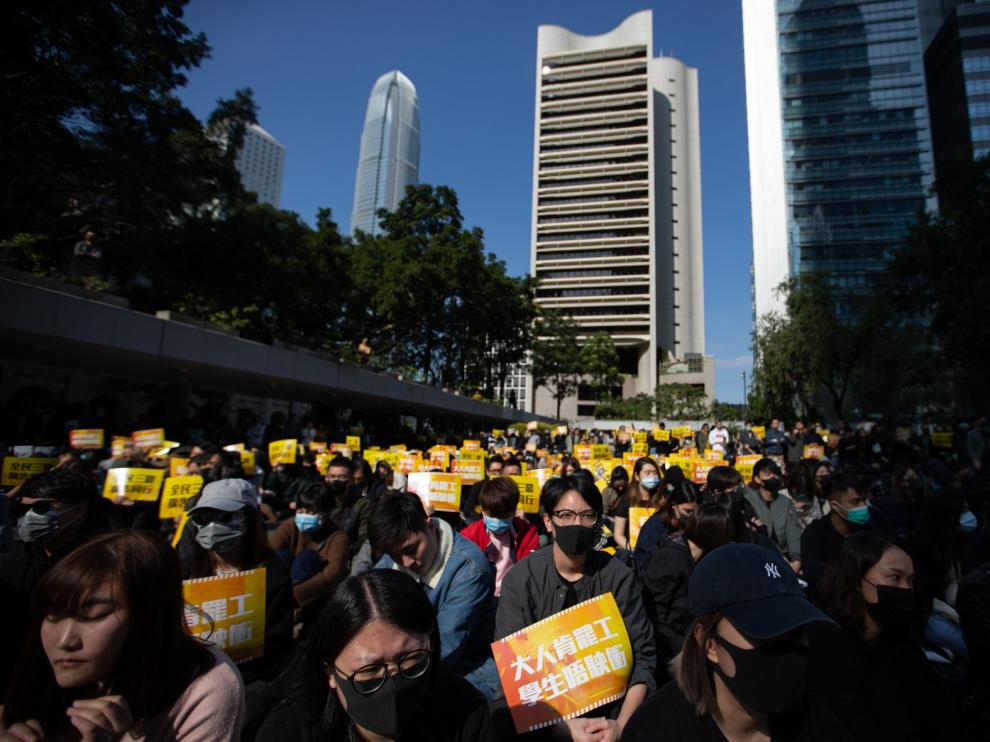 China aumenta la tensión con EE. UU. a costa de Hong Kong