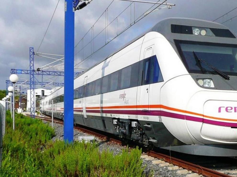 Renfe suprime 155 trenes, que afectan a 11.550 viajeros, por los paros de CGT en víspera del puente