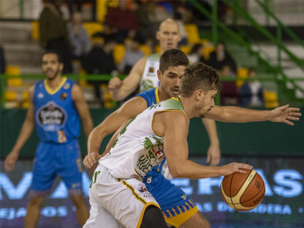 Levitec Huesca busca premio fuera de casa