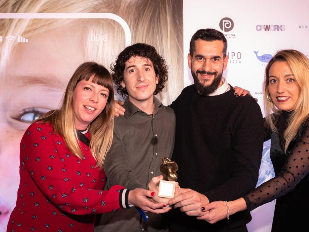 Premio internacional para La Colmena Creativa por los carteles del Huesca
