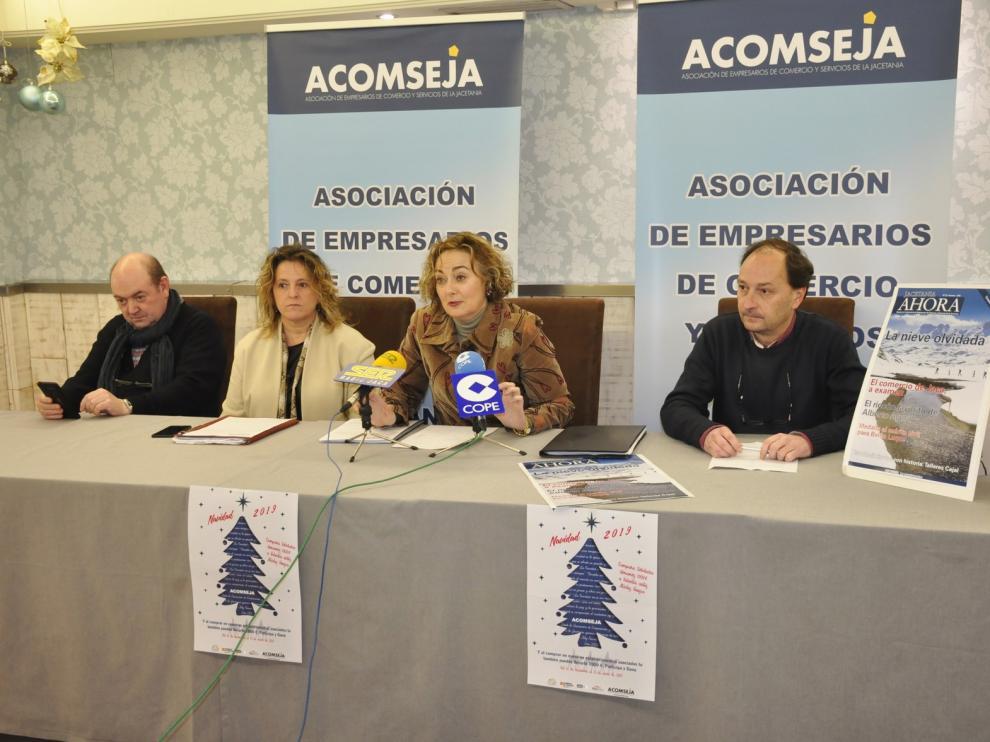 Acomseja elabora un plan de revitalización del comercio jaqués
