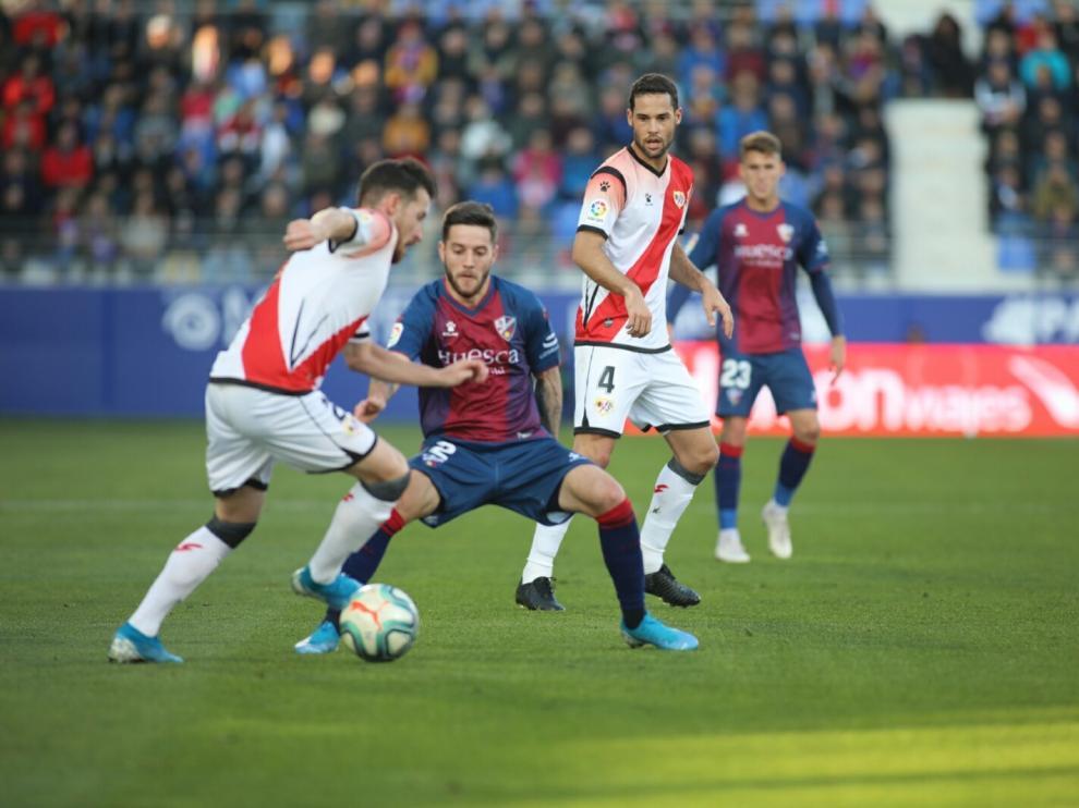 El Rayo se impone a un gris Huesca (0-2)