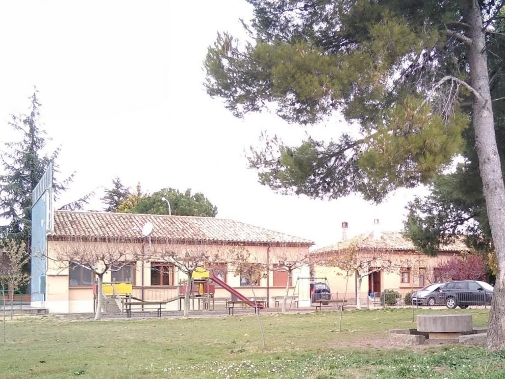 La localidad de Adahuesca ampliará su complejo escolar en los próximos meses