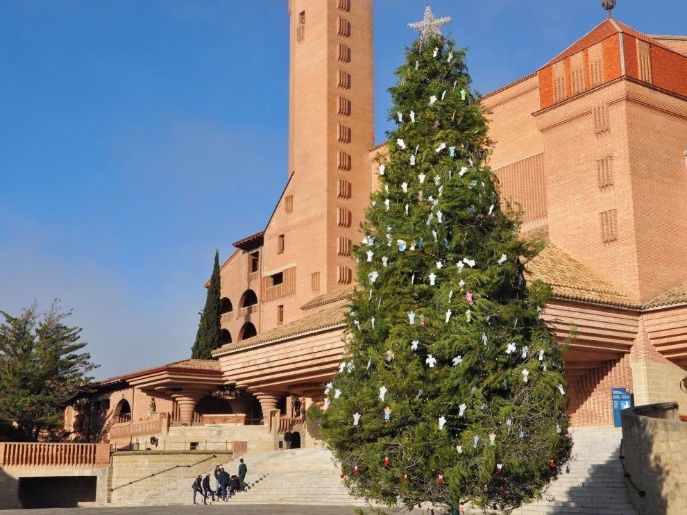 460 ángeles de la Ribagorza en Torreciudad