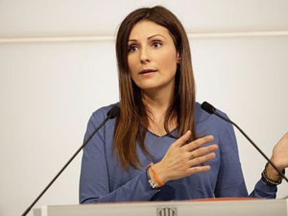 Cs se ofrece a dialogar con el PSOE y le pide que no negocie con ERC