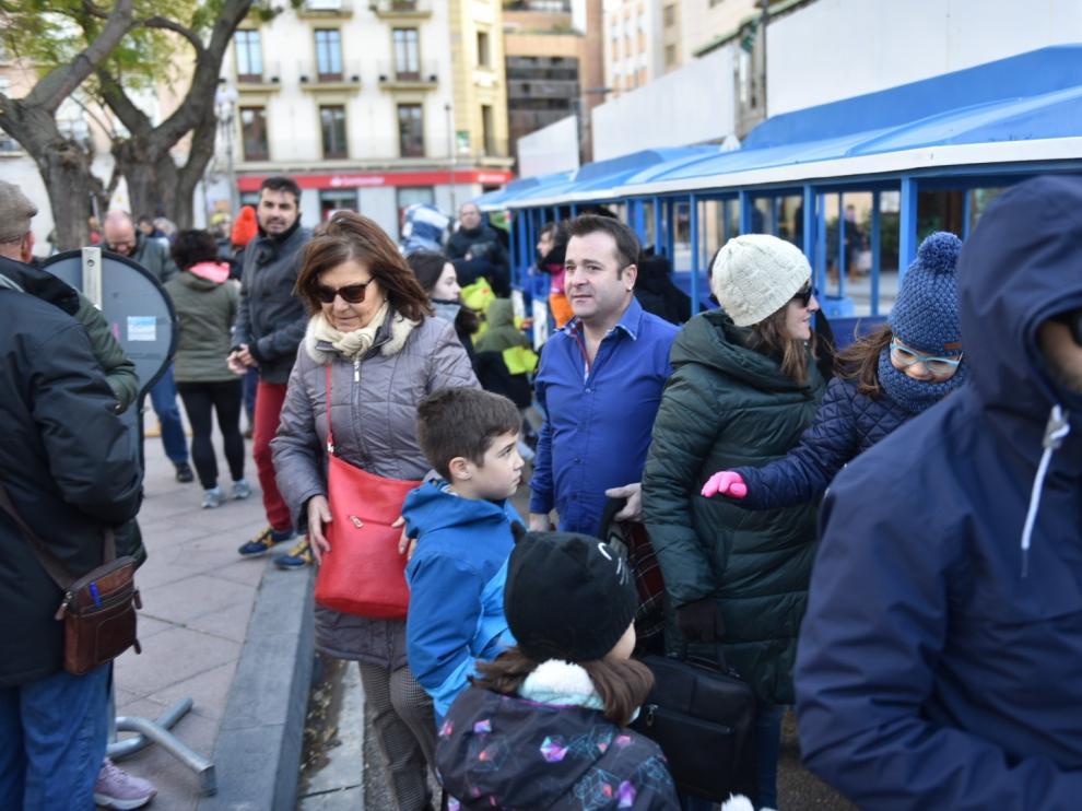 El tren turístico de Huesca cruza un cementerio íbero y llega hasta las murallas