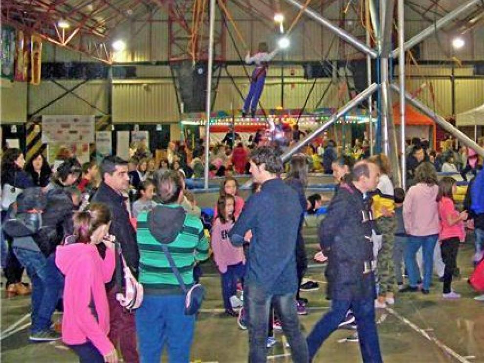 Belenes, música, parque infantil y mercadillos, la oferta en Fraga
