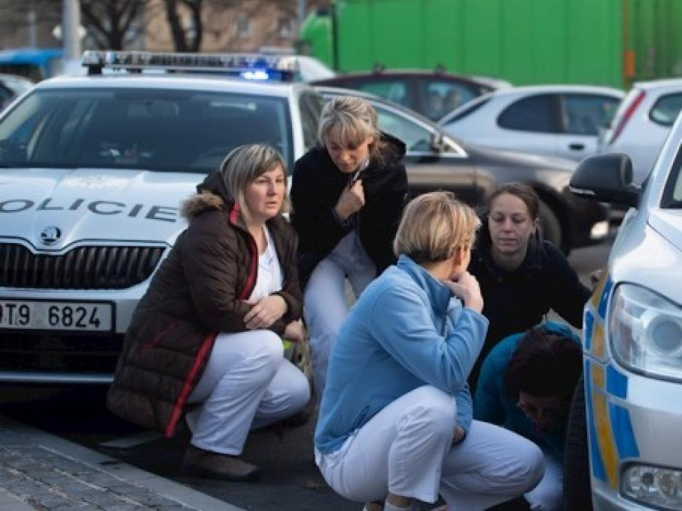 Se suicida el autor del tiroteo que causó seis muertos en un hospital checo