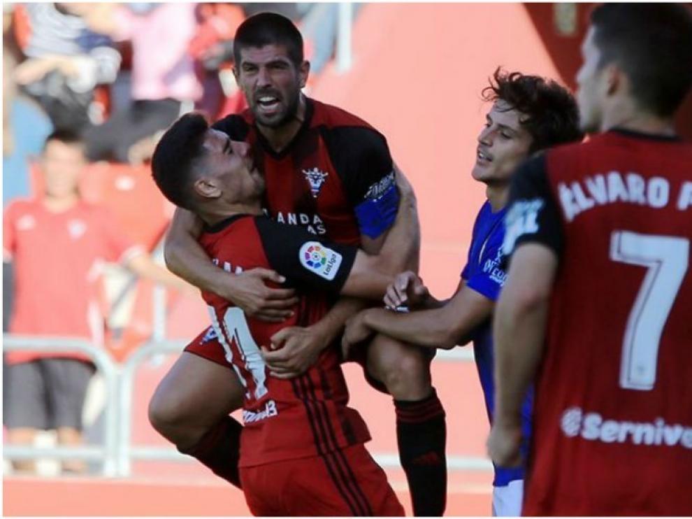 Un nuevo clásico contra el Mirandés ¿Sabes cuántas veces se ha enfrentado al Huesca?
