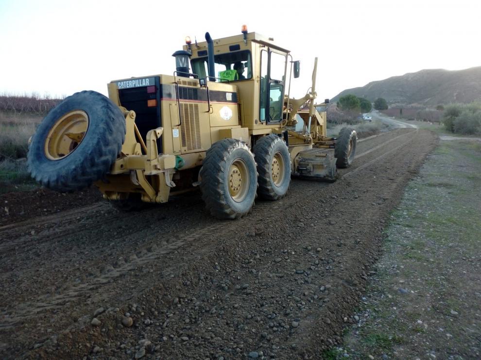 El Ayuntamiento de Fraga empieza los trabajos de reparación y mantenimiento de caminos de tierra