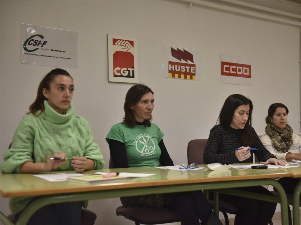 Los sindicatos CSIF, CGT, CCOO y Huste reclaman la vuelta a las 18 horas lectivas semanales