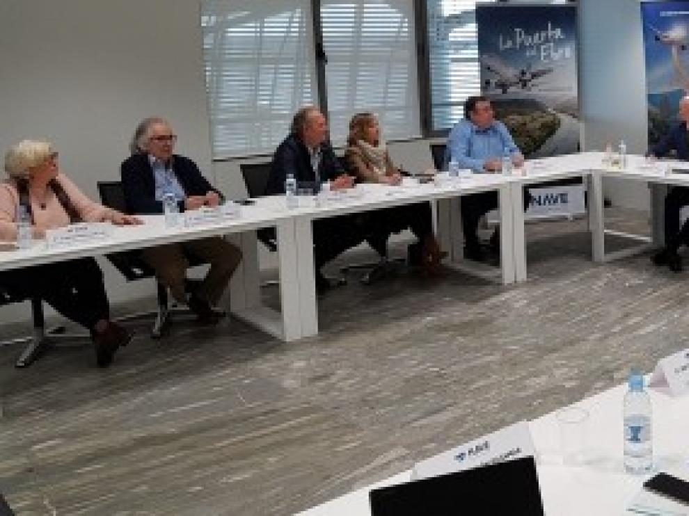 Soro destaca el valor añadido que genera cada nueva ruta que mejora la internacionalización del aeropuerto de Zaragoza y desestacionaliza el turismo