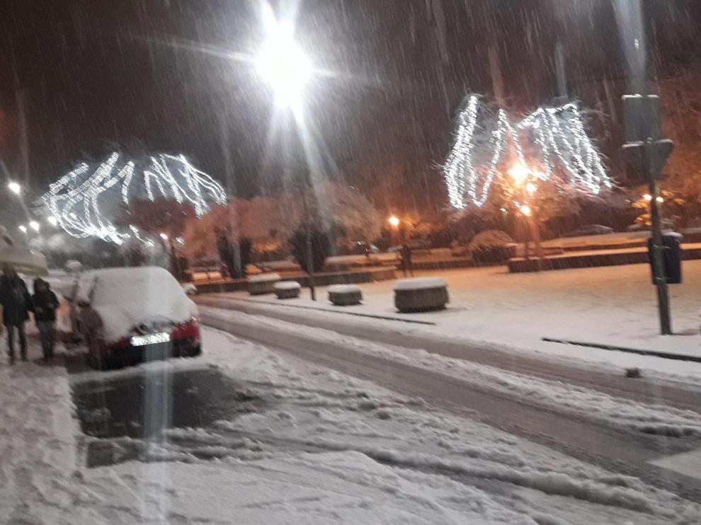 Retenciones entre Arguis y Lanave en la autovía A-23 por la nieve