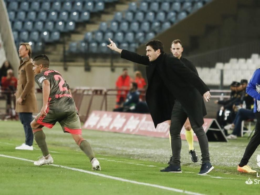 """Iraola: """"El Huesca es el equipo que más domina los partidos"""""""