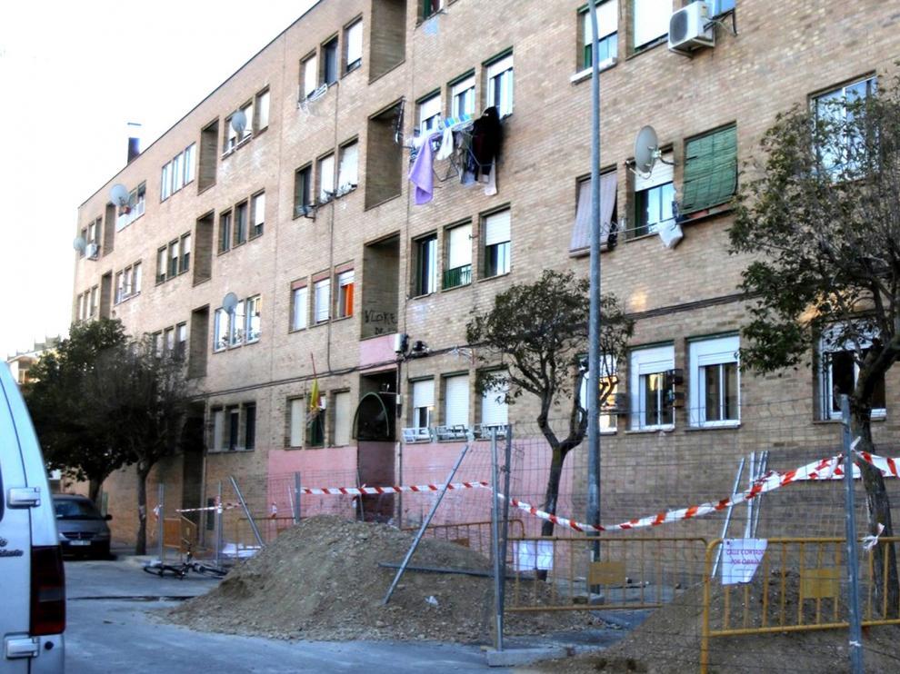El Justicia plantea acciones sociales y educativas en el barrio del Perpetuo Socorro de Huesca