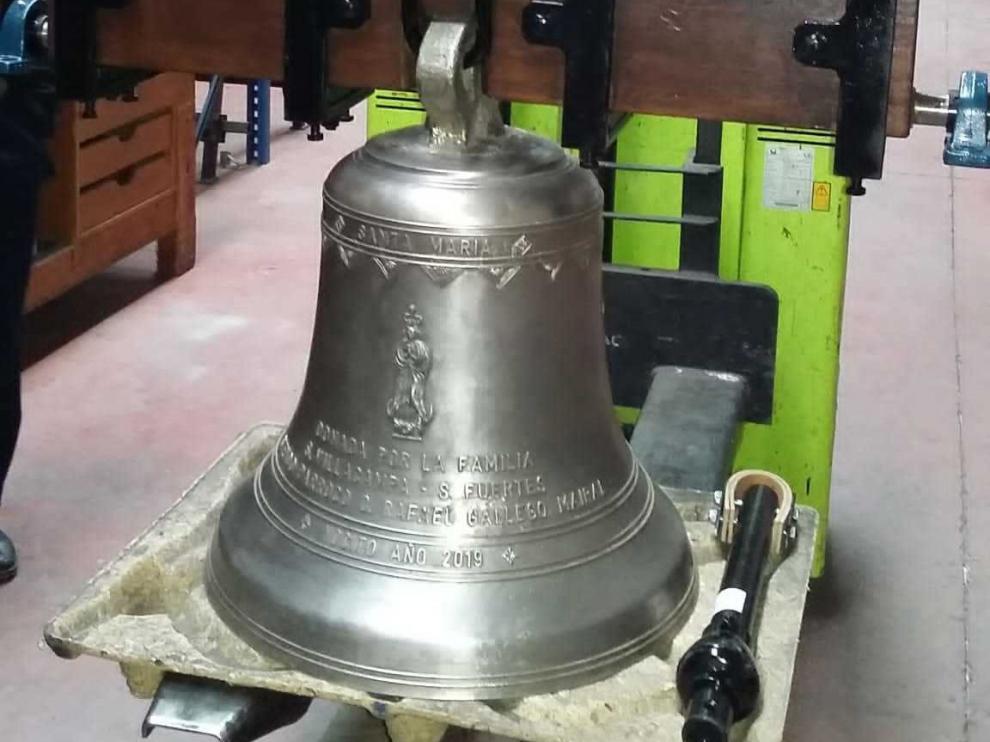 Un vecino de Nocito dona una campana a la iglesia parroquial de la localidad
