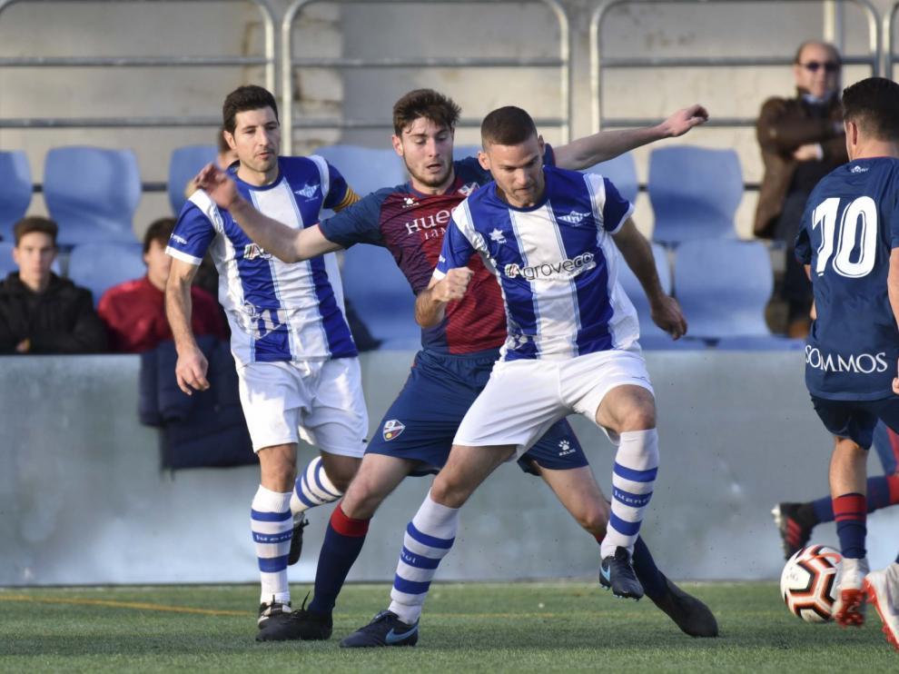 El Huesca B suma otros tres puntos con un final de incertidumbre