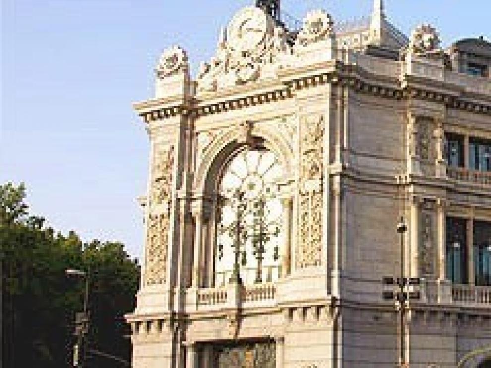 El Banco de España mantiene que la economía crecerá un 2 %