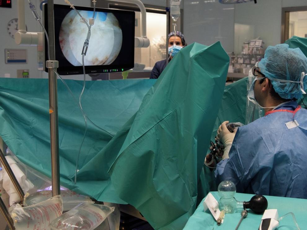 La primera cirugía endoscópica 3D se realiza en Barcelona
