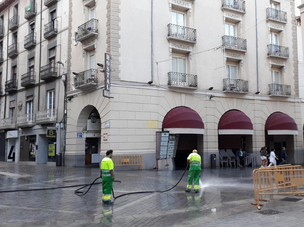 Seis empresas optan al contrato de limpieza viaria en Huesca