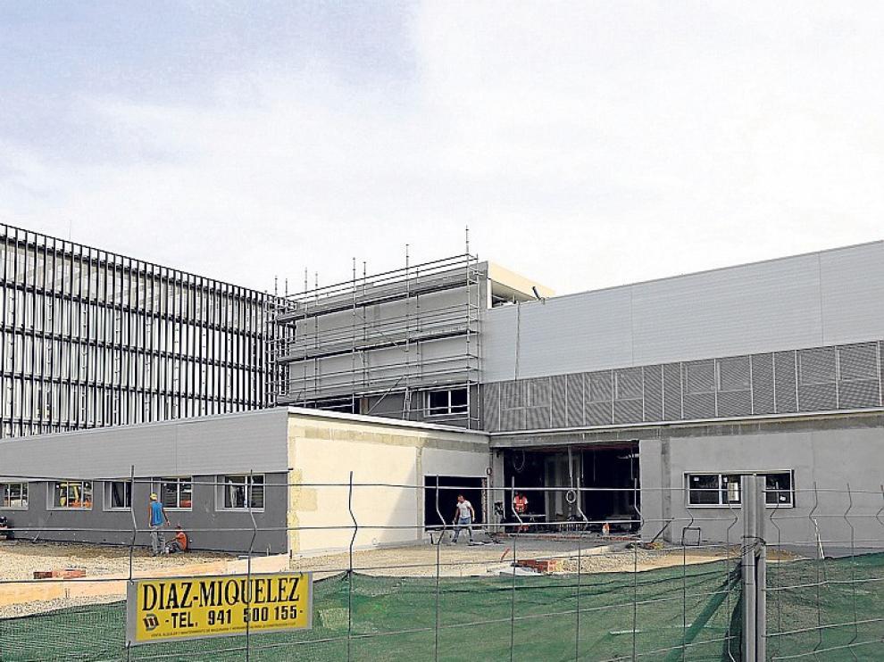 Los sindicatos prevén un retraso considerable en el centro de salud Los Olivos de Huesca