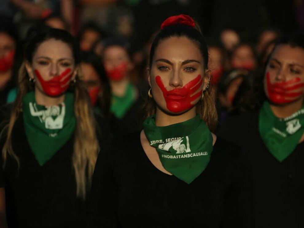 """Se convoca la performance """"Un violador en tu camino"""""""