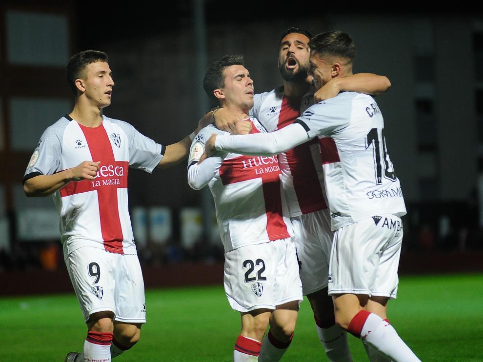 El Huesca, con un gol de Cristo, resuelve la primera ronda de Copa