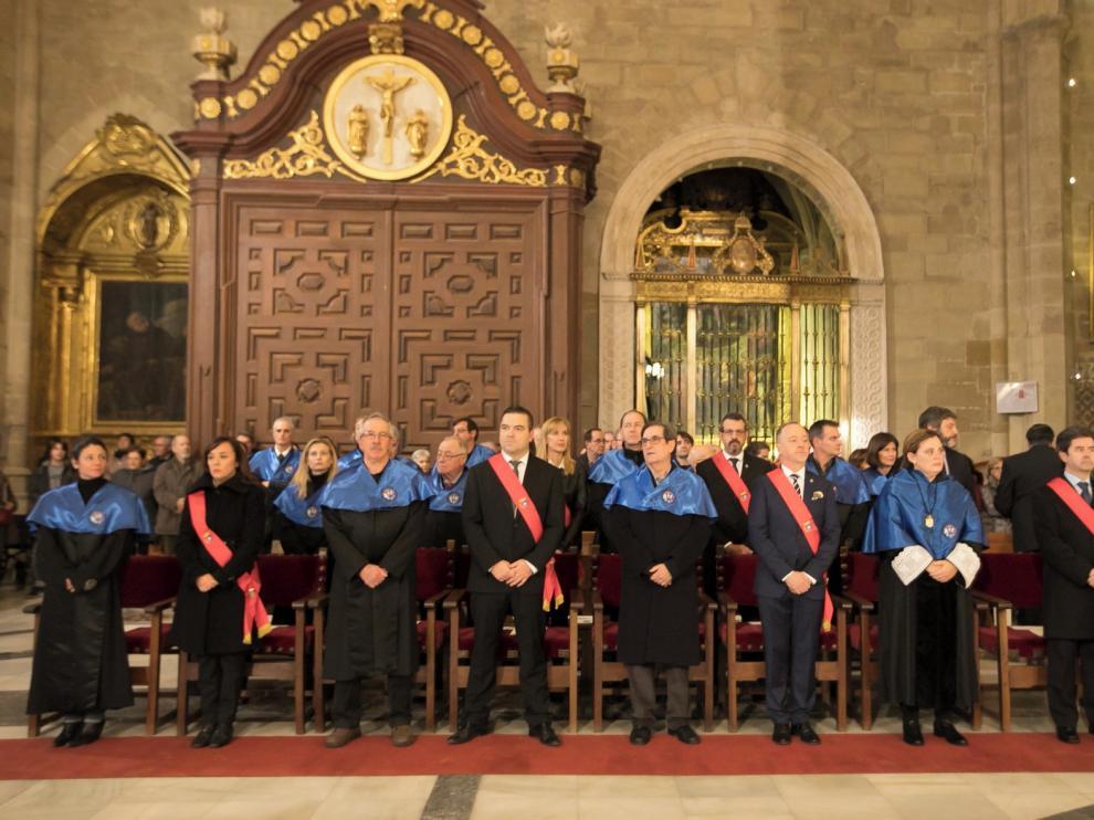 Los concejales de Huesca ya podrán ir con banda a los actos religiosos