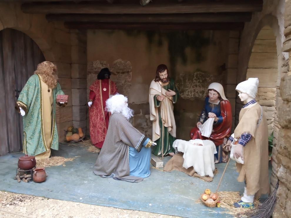 Roban en Huesca las coronas de los Reyes Magos del belén de La Malena