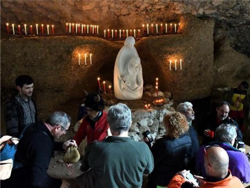 Nueva cita con el Belén de Peña Guara en las Gorgas de San Julián