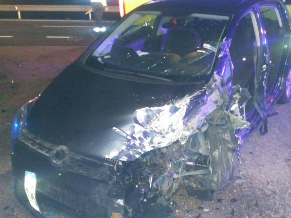 Dos heridos en la colisión entre un turismo y un camión en Fraga