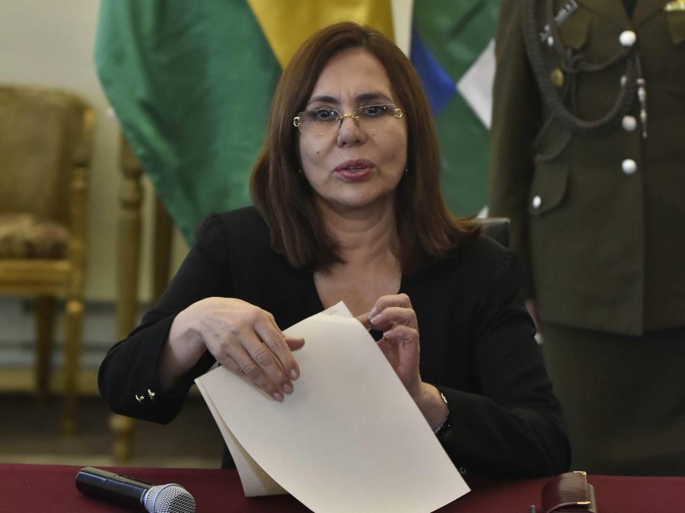 España niega ayudar a asilados a salir de Bolivia