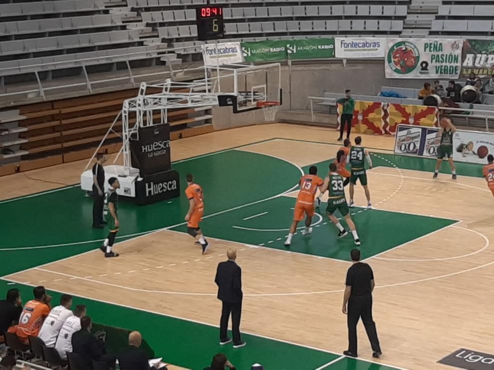 El Levitec Huesca despide el año con una buena victoria ante el Palencia (92-84)