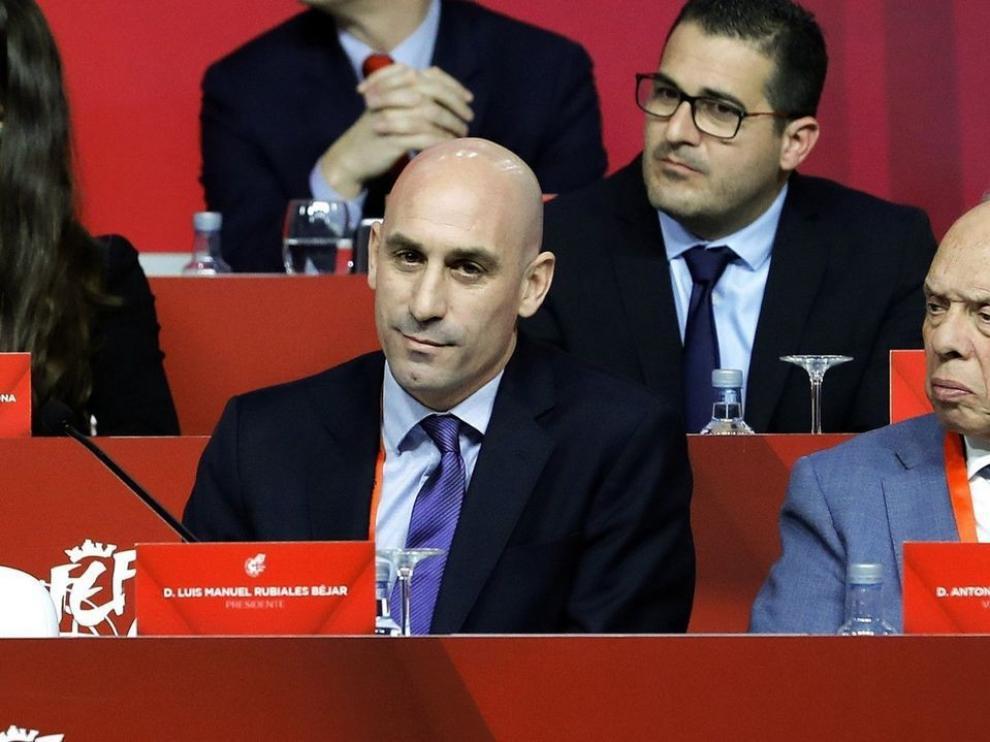 El juez cita como investigado al vicepresidente de la Federación de Fútbol